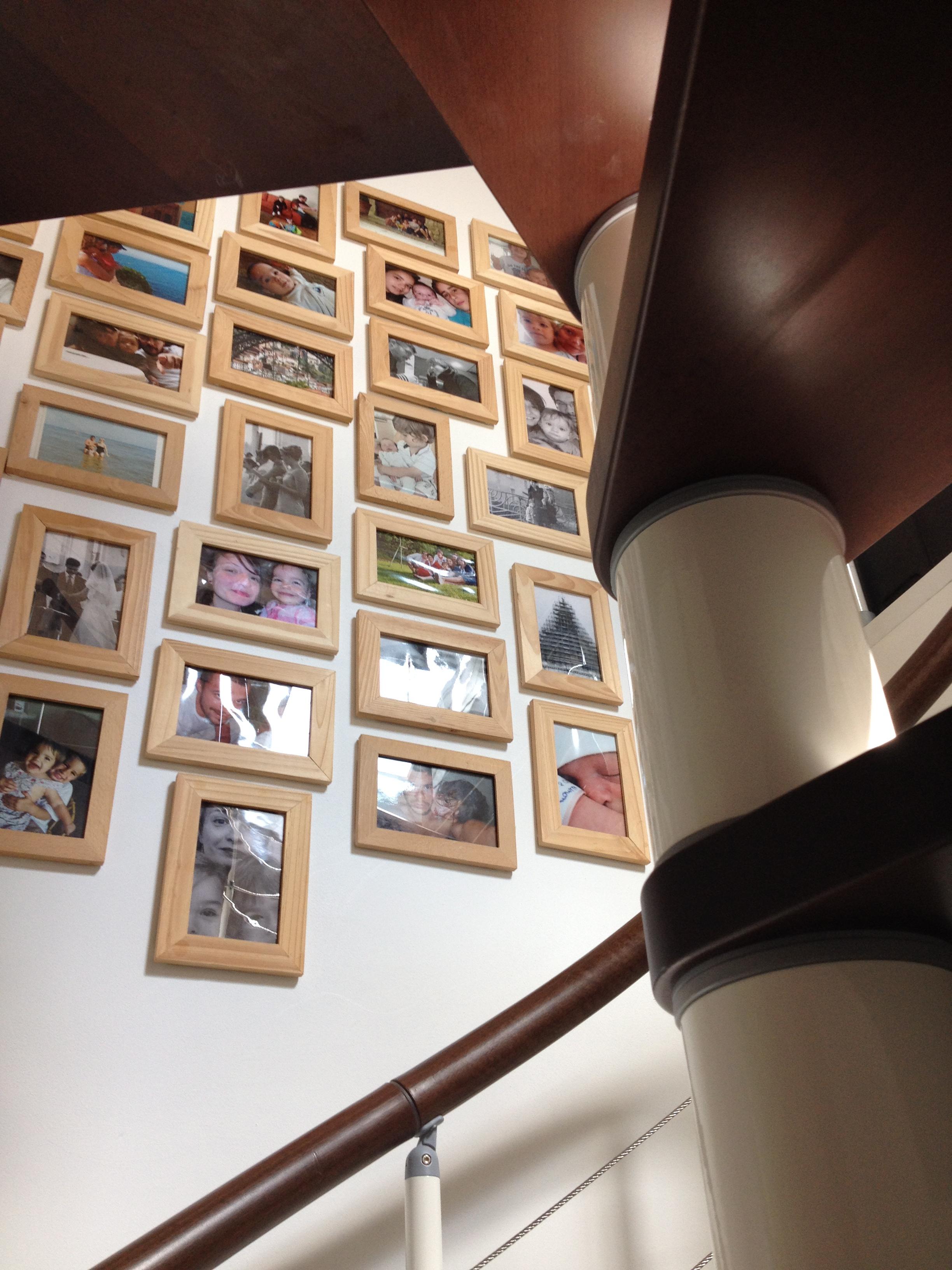 cadre photo escalier elegant dans le cadre duun cours de. Black Bedroom Furniture Sets. Home Design Ideas